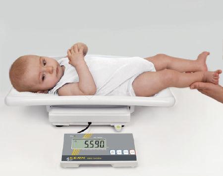 Báscula para bebés y niños verificada con pantalla LCD